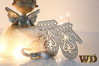 Dekorácie - Vianočné drevené ozdoby - 12704111_