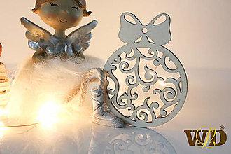 Dekorácie - Vianočné drevené ozdoby - 12704130_