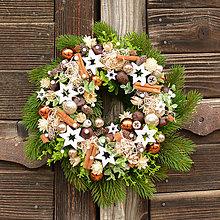 Dekorácie - Vianočný veniec na dvere - 12701955_