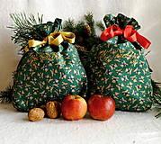 Úžitkový textil - Vianočné vrecká (Mackovia - červená stuha) - 12699720_
