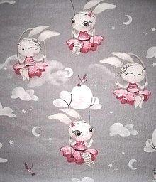 Úžitkový textil - MOJKÁČIK - Detský mojkací vankúšik na spanie s vôňou levandule (Zajačiky) - 12706042_