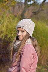 Detské čiapky - Dievčenský háčkovaný set - 12707594_
