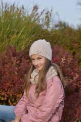 Detské čiapky - Dievčenský háčkovaný set - 12707601_