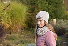 Detské čiapky - Dievčenský háčkovaný set - 12707609_