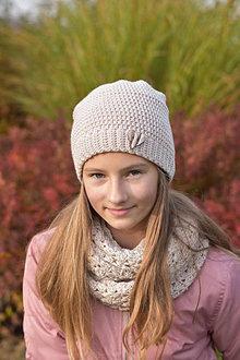 Detské čiapky - Dievčenský háčkovaný set - 12707597_