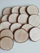 Dekorácie - Plátky z vianočného stromčeka - priemer 6 cm - 12705121_