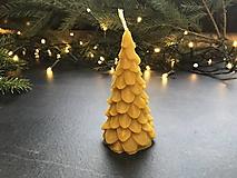 Svietidlá a sviečky - Sviečka zo včelieho vosku, STROM XL - 12705021_