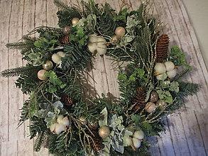 Dekorácie - Vianočný veniec - 12710133_