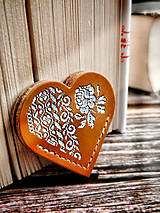 Papiernictvo - Záložka na rožtek Šípová ružička (V darčekovej krabičke - ťavia so svetlým vzorom) - 12713342_