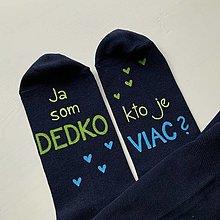 """Obuv - Maľované ponožky s nápisom: """"Ja som dedko/ kto je viac?"""" - 12713091_"""