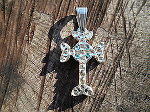 Náhrdelníky - cross with ,,blue crystalls,, - 12718542_