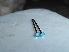 Náušnice - little ,,blue crystalls,,chir.oceľ,mini napich.naušnice - 12718594_