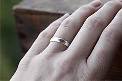 Prstene - Dva kované snubné v striebre či zlate - 12718425_