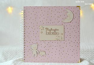 Papiernictvo - Detský fotoalbum - pre dievčatko (so zlatými bodkami) - 12718630_