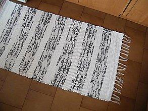 Úžitkový textil - Tkaný koberec čierno-biely - 12713943_
