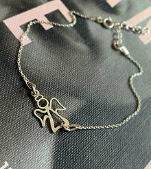 Náramky - strieborný náramok s anjelikom - 12721290_