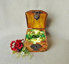 Krabičky - Drevená krabička na prsteň Čarovná truhlička - 12721150_