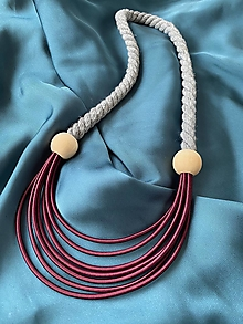 Náhrdelníky - Bordo-šedý náhrdelník s korálky - 12723237_