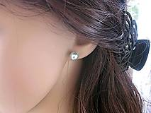 Náušnice - Darček k nákupu - napichovačky perly svetlomodré 8 mm - 12720435_