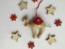 Dekorácie - Ťava ozdoba na vianočný stromček - 12723717_