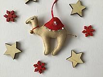 Dekorácie - Ťava ozdoba na vianočný stromček - 12723723_