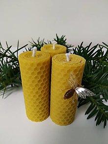 Svietidlá a sviečky -  AKCIA  -  Vosková točená sviečka - 12724149_