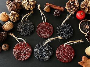 Dekorácie - Vianočné červeno-zlaté a modro-zlaté mandaly - 12730191_