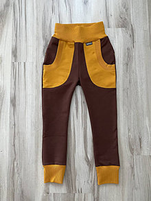 Detské oblečenie - Chlapčenské tepláky hnedé 128 - 12728368_