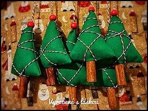 Dekorácie - Vianočné stromčeky - 12728956_