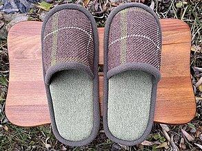 Obuv - Tmavohnedé papuče so zelenou - 12733795_