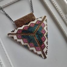 Náhrdelníky - Ručne šitý náhrdelník - 12740551_