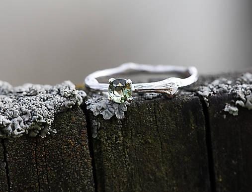 Prstene - Vetvičkový s brúseným vltavínom - 12753953_