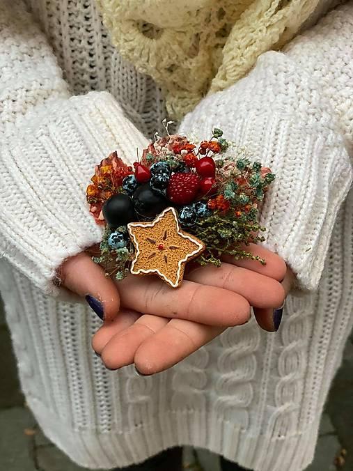 """Kvetinová brošňa """"vianočné pokušenie"""" - hviezdička"""
