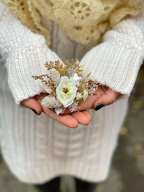 """Kvetinová brošňa """"zimný čas"""""""