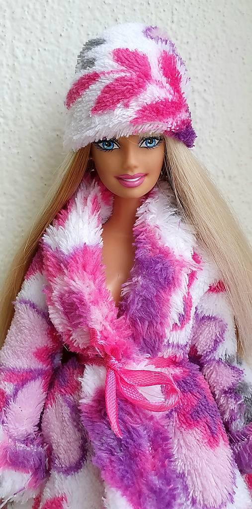 Farebná ružová čiapka pre Barbie