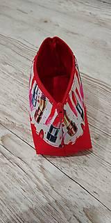 Taštičky - Kozmetická taštička rúže na červenom - 12758740_