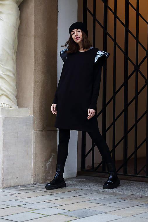 Šaty - Úpletové šaty s volánmi Art III. - 12766057_
