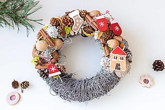 Dekorácie - Vianočný veniec na dvere - 12767537_