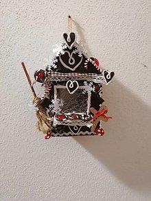 Dekorácie - Vianočná perníková chalúpka. - 12764670_