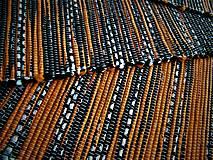 Úžitkový textil - Tkaný koberec čierno-oranžovo-biely - 12768197_