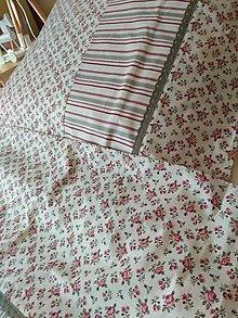Úžitkový textil - POSTEĽNÉ OBLIEČKY  bordo ružičky - 12771470_