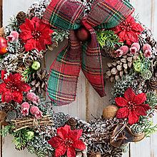 Dekorácie - Prírodný vianočný veniec na dvere ...vianočné prianie... - 12768772_