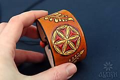 Náramky - Kožený náramok Ornament, šnurovací - 12772720_