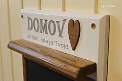 Tabuľky - Magnetický odkazovač s vešiakmi - DOMOV je tam... ... - 12776589_
