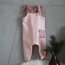 Detské oblečenie - Overal na uväzovanie s vreckom - les - 12777702_