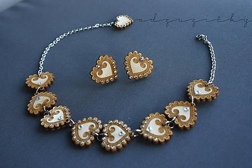 Šperky Detvianska Zuzanka biele kamienky (náhrdelník)