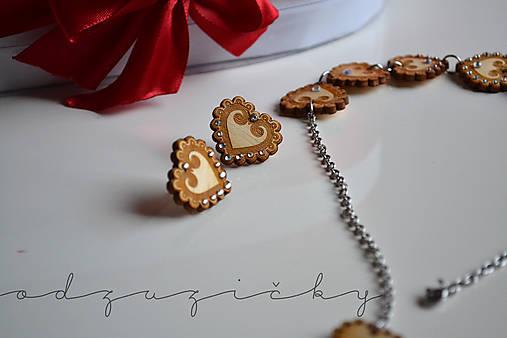 Šperky Detvianska Zuzanka biele kamienky (náušnice)