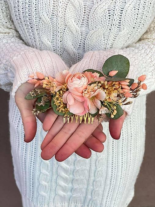 """Kvetinový hrebienok """"túžba po objatí"""""""