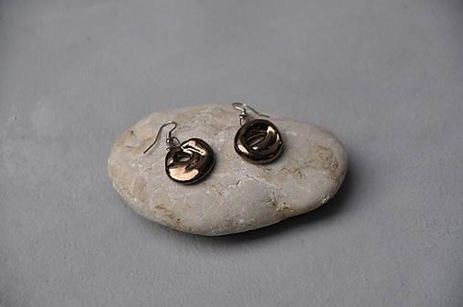 Náušnice v kovovej glazúre v tvare špirály