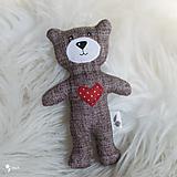 Hračky - malý a milý macko so srdiečkom :) - 12789504_